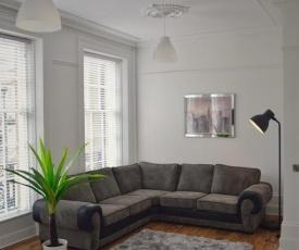 Apartment 3 Hamilton Square