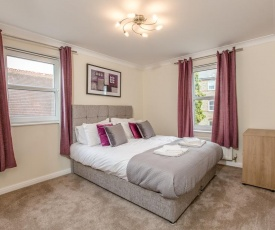 ✪ Ideal Chelmsford ✪ Serviced Primrose Apartment - 2 Bed Perfect for Broomfield Hospital/Chelmsford City Centre/Shopping/A12